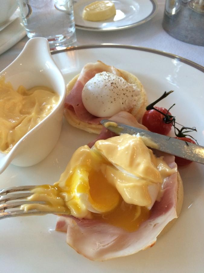 Amstel Eggs Benedict