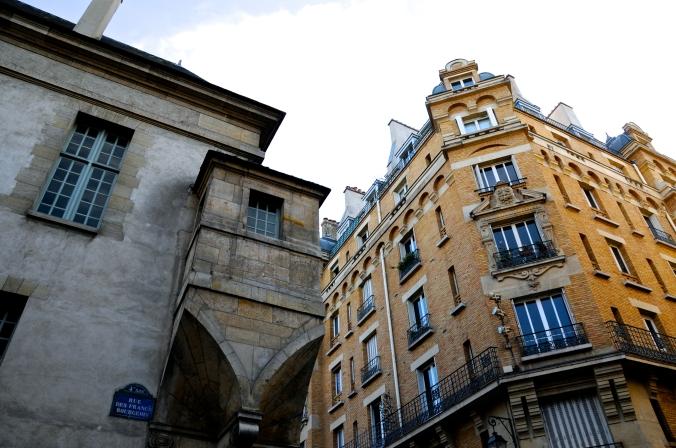 Rue des Francs Bourgeious