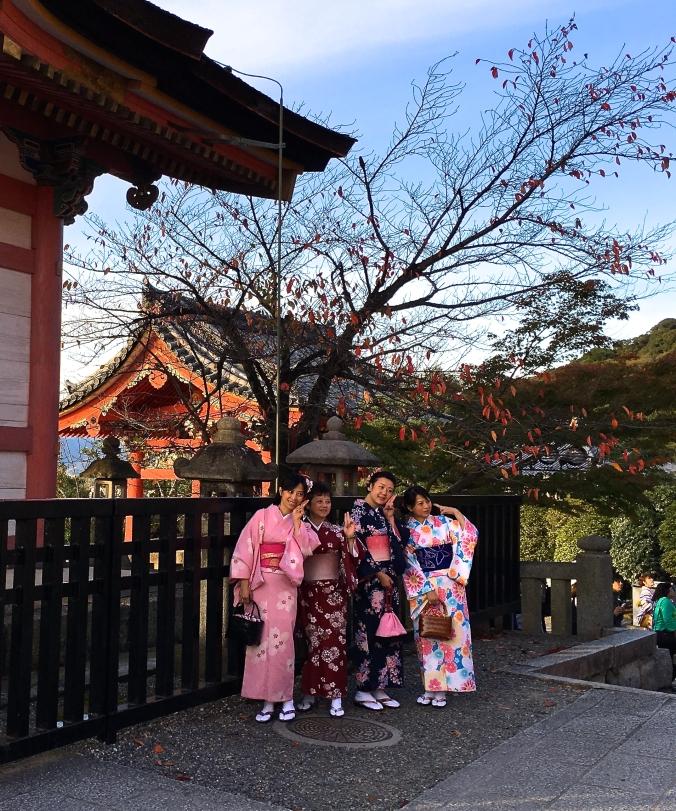 kimono at kiyomizu