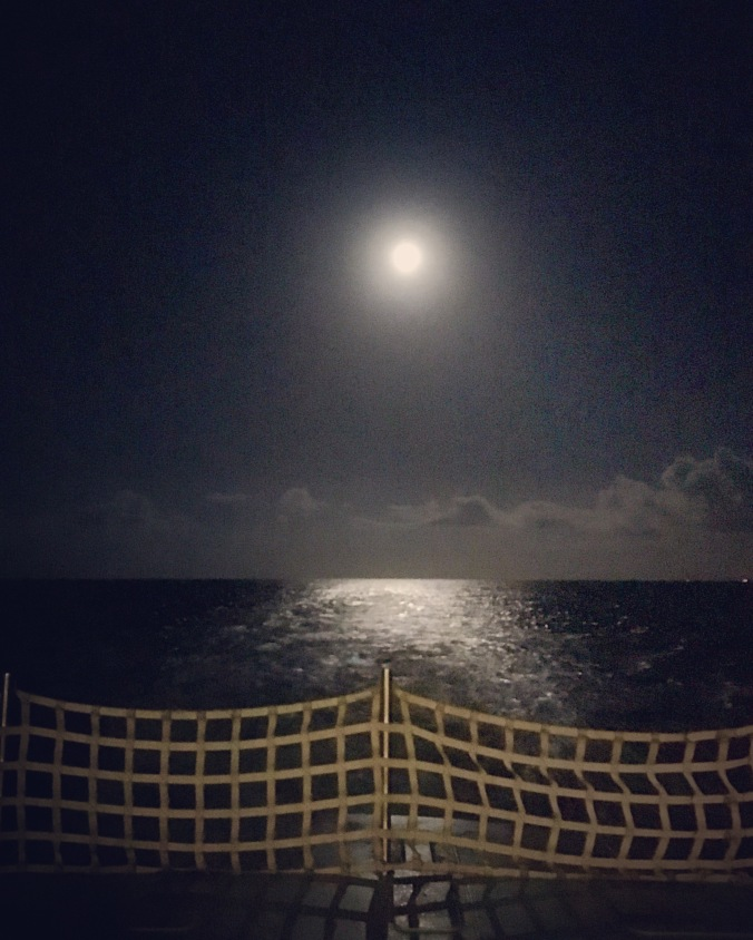 moon-from-ferry